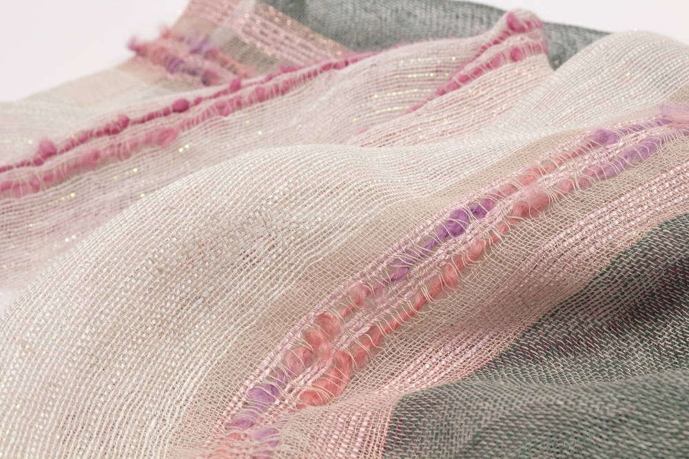 SHAWL LAUREL